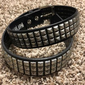 """Hot Topic Accessories - Hot topic Studded Belt 32""""-35"""""""